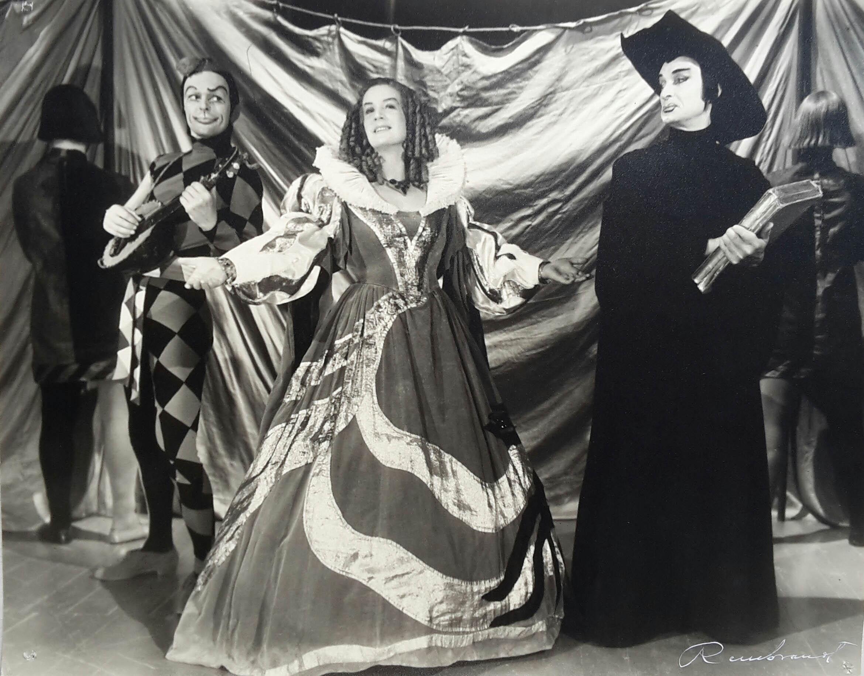 Leif Wager (Narren), Gerda Ryselin (Världen) och Sven Ehrström (Vedersakaren) i julbileumsuppsättningen 1958.